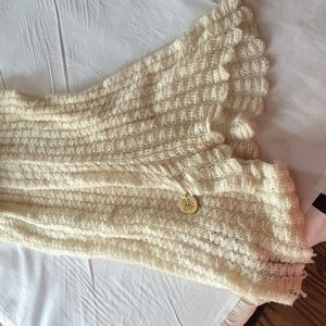JUICY COUTURE Knit Wool Cream Scarf